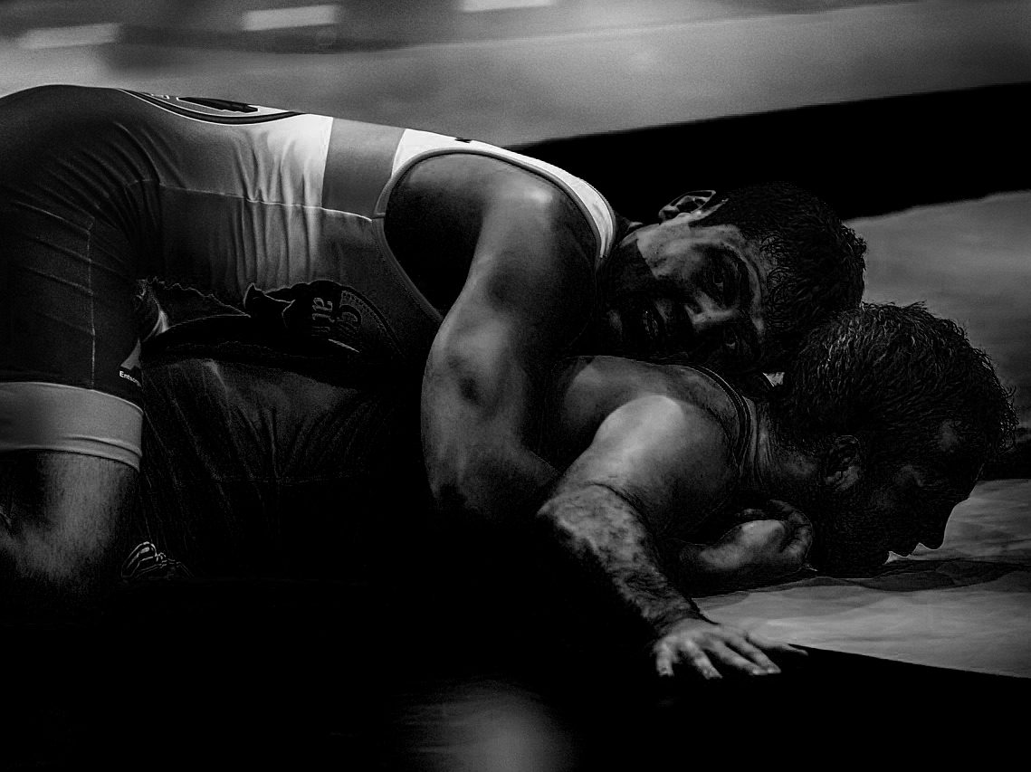 wrestle-3793901_1280